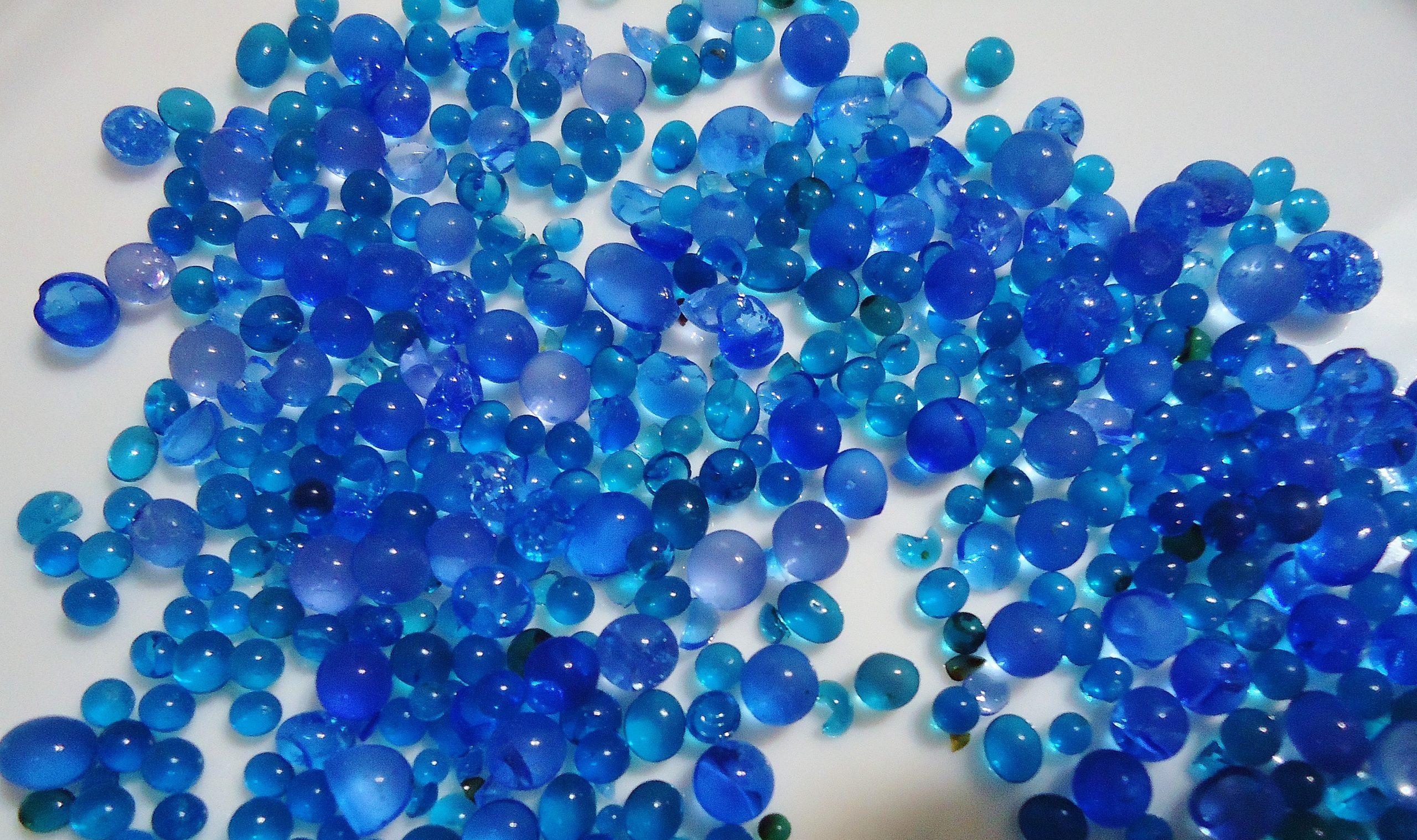 Blue_silica_gel