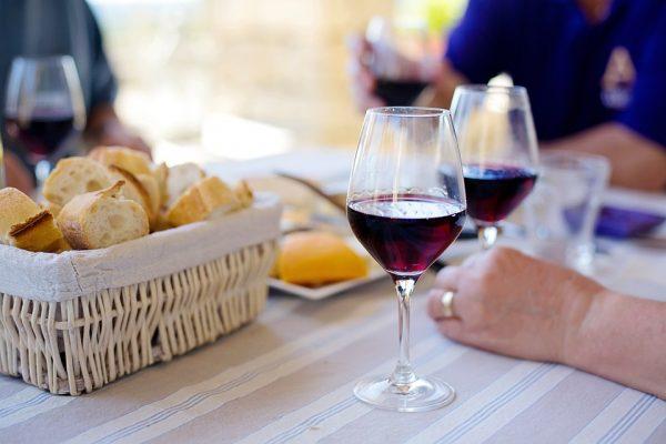 فواید شراب برای بیماران قلبی
